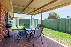 Colonial Court Villas - Accommodation QLD