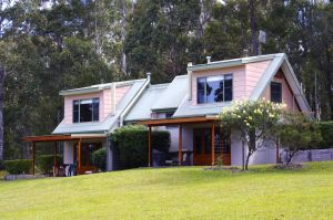 Bawley Bush Retreat and Cottages - Accommodation QLD
